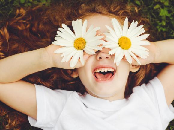 Spring-Kids-iStock-505171924