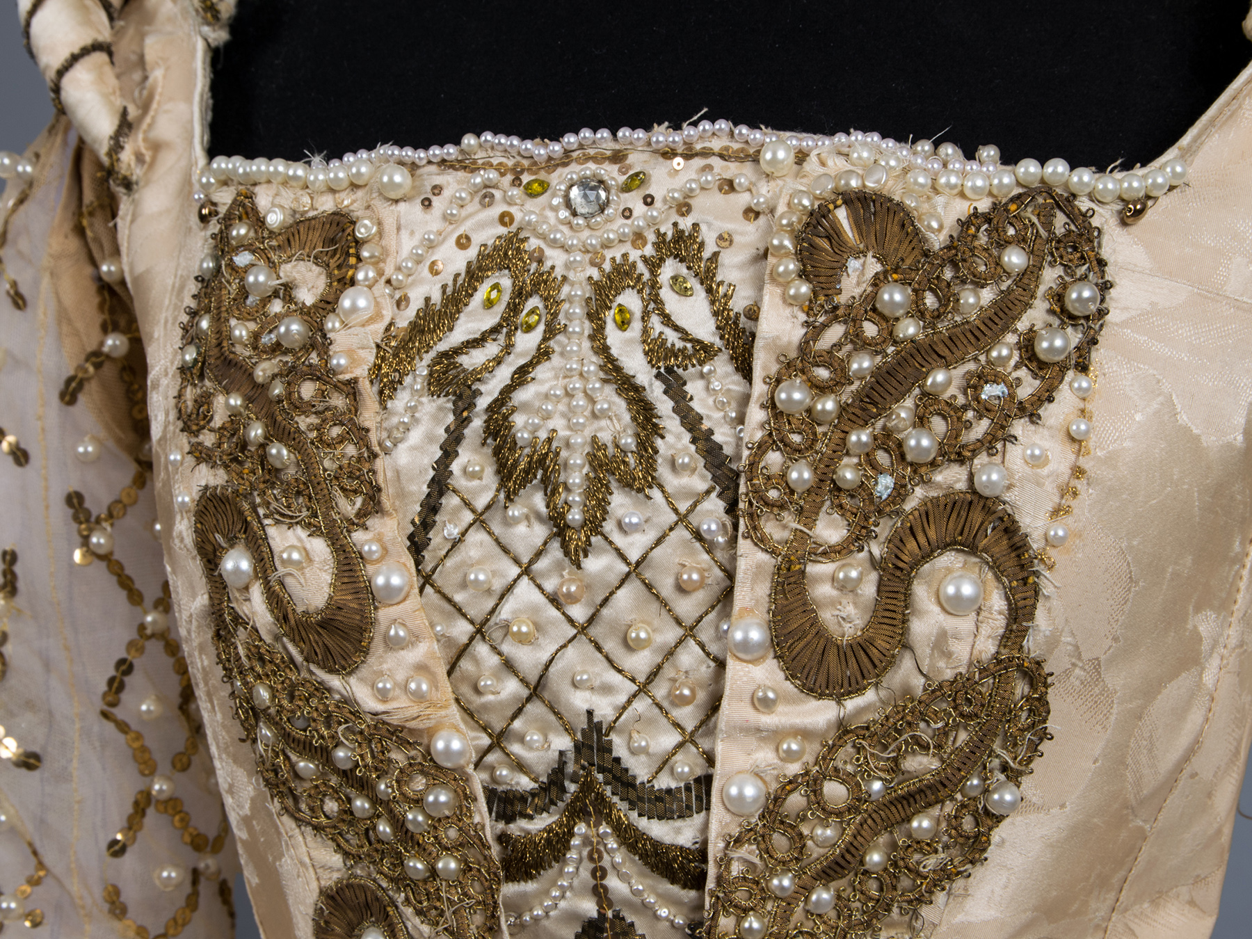 Two Centuries of French Fashion, An Ephemeral Exhibit