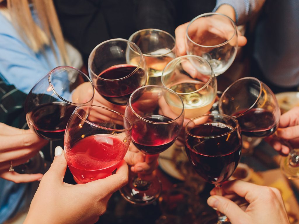Let's Cheers Together: Apéro spécial Nouvelle Année !